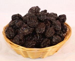 Сколько калорий в черносливе?