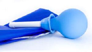 Очищение кишечника от шлаков клизмой