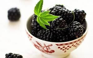 Ежевика: калорийность ягод