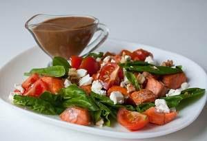 Рецепт салата с лососем