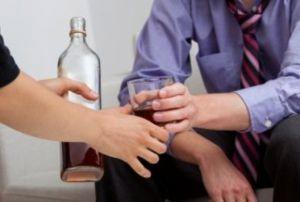 как вести себя при алкогольной созависимости