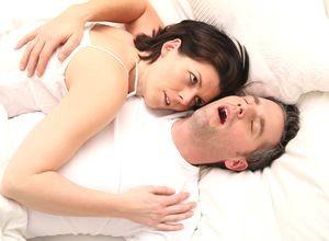 Как мужчине перестать храпеть во сне